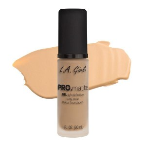 L.A. Girl Pro Matte Foundation - Bisque