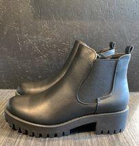 Rust boots svartir