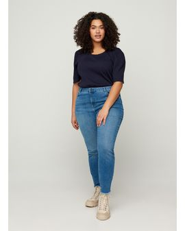 AMY ZINE Cropped Jeans