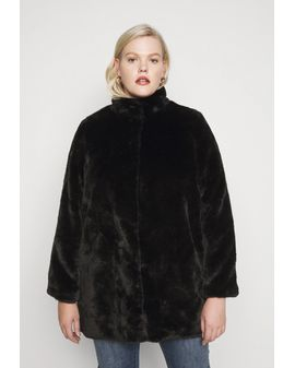 VM Curve Thea Fur coat