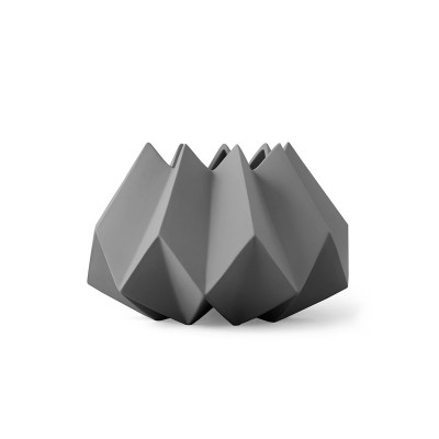 MENU - Folded Vase Carbon
