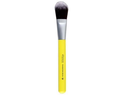 Benecos foundation brush colour