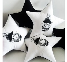 Star cushion Tudor Bunny
