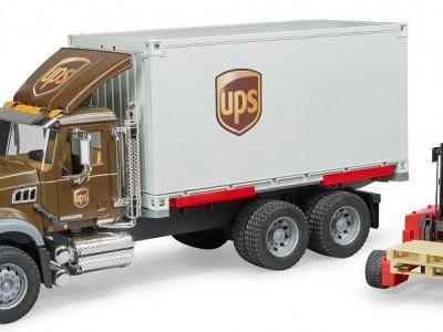 Flutningabíll, Mack UPS með lyftara