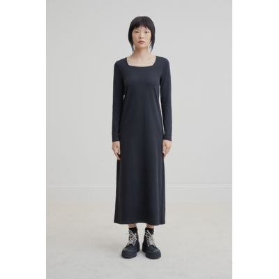 KOWTOW - SQUARE NECK DRESS - SVARTUR