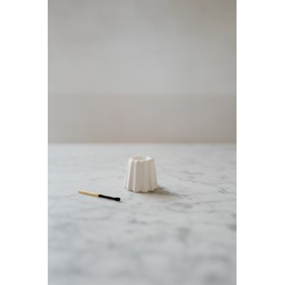 OVO THINGS - Porcelain Canele Candle Holder - Glossy white