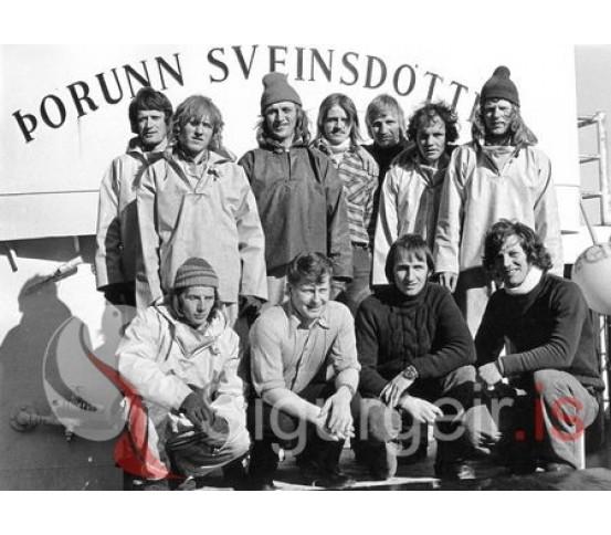 Áhöfnin á Þórunni Sveinsdóttur VE-401.
