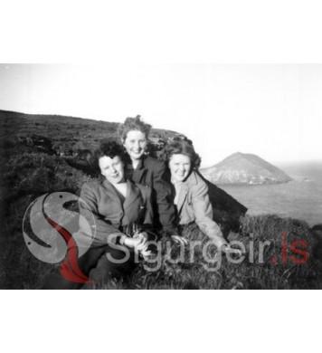 Guðrún, Svanhvít og Helga Scheving.