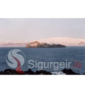 Eyjafjallajökull og Elliðaey.