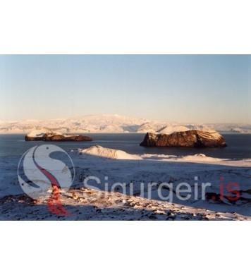 Elliðaey, Bjarnarey og Eyjafjallajökull.