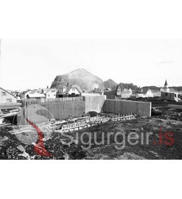 Bygging kyndistöðvarinnar.
