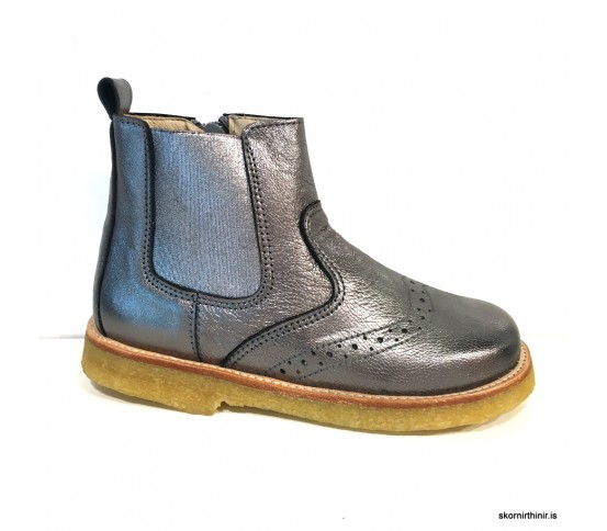 Your shoes 26064