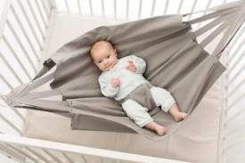 Babylonia Hoppa Baby Hammock taupe - hengirúm brúngrátt