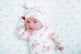aden+anais snuggle knit gown+hat set rosettes 0-3 months - rósótt náttsett